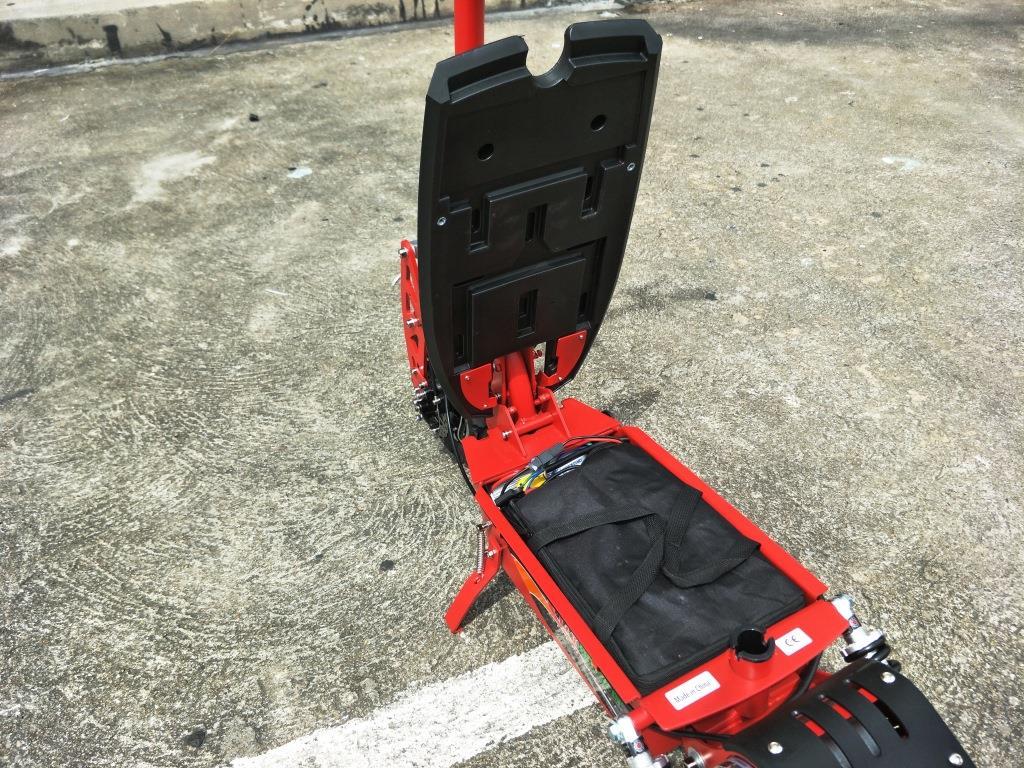 JIGGO X สกู๊ตเตอร์ไฟฟ้า 2 ล้อ นั่ง-ยืน 1,600 วัตต์ 40 กม./ชม