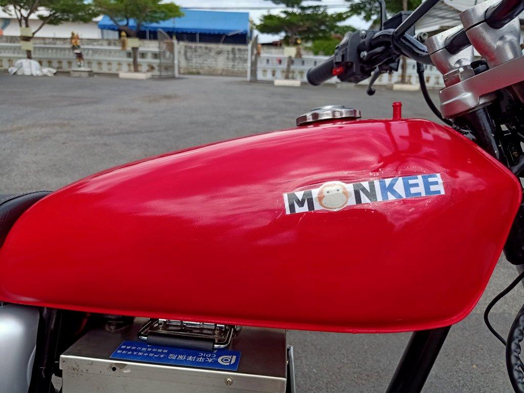 MONKEE มอเตอร์ไซค์ไฟฟ้า 3,000 วัตต์ 90 กม./ชม. 120 กม./ชาร์จ แบตถอดชาร์จได้ แนววินเทจ