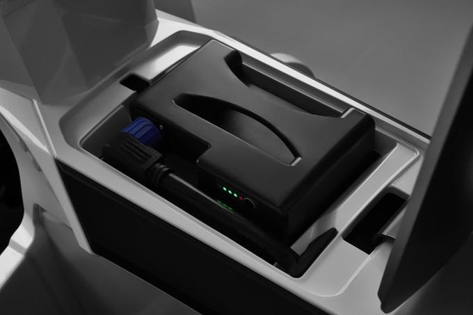iTANK มอเตอร์ไซค์ไฟฟ้า สามล้อ 1,500 วัตต์ 45 กม./ชม. 50 กม./ชาร์จ ปลอดภัยไม่ล้ม แบตลิเที่ยมถอดออกชาร์จได้
