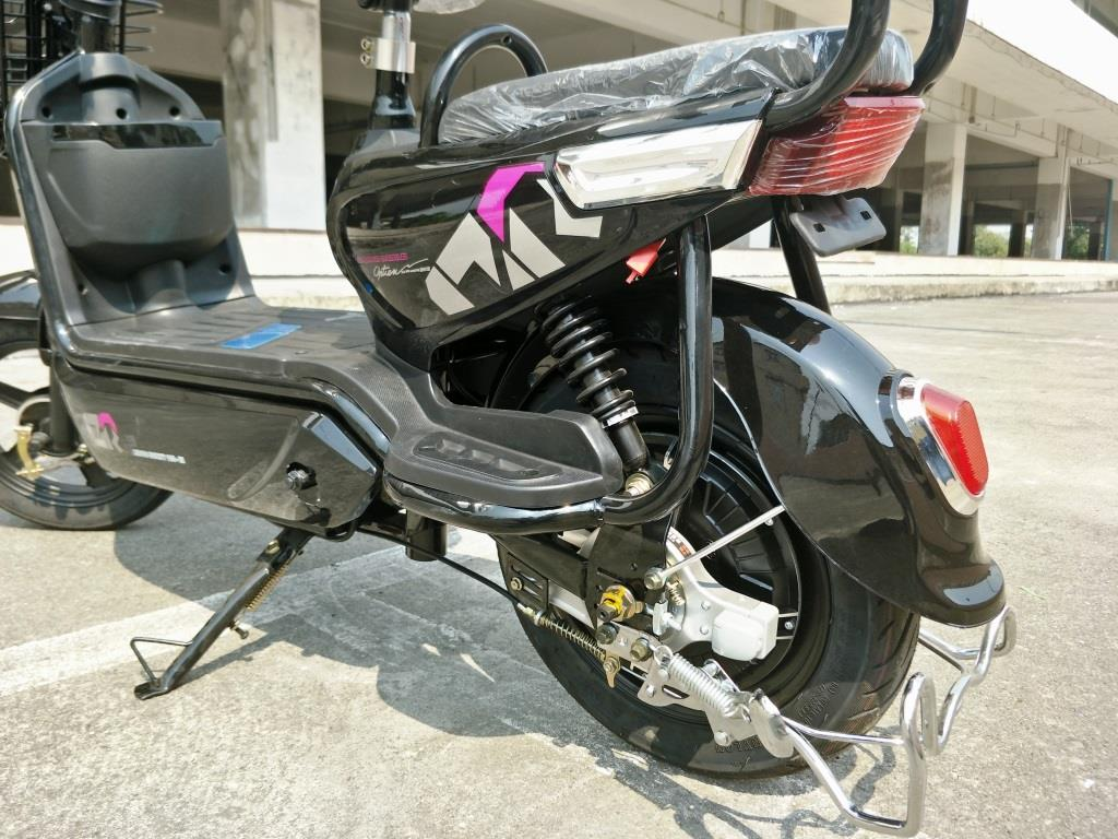 JIBBY-X จักรยานไฟฟ้าสกู๊ตเตอร์ 350 วัตต์ 30 กม./ชม. 40 กม./ชาร์จ มีขาปั่น สัญญาณกันขโมย