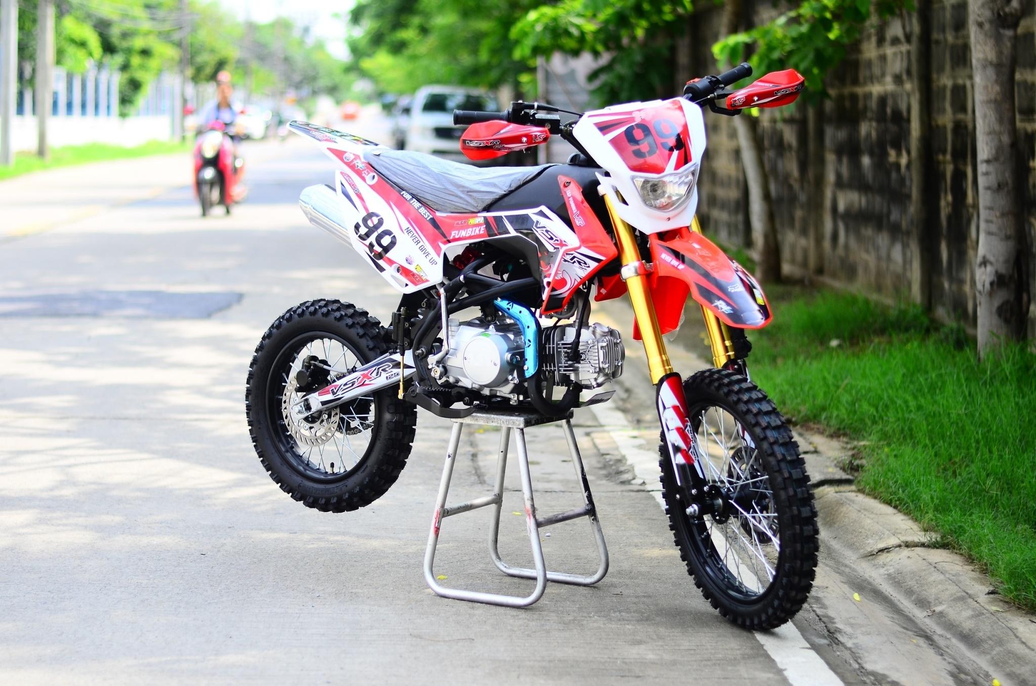 MOTO มอเตอร์ไซค์วิบาก 80 กม./ชม. ระยะ 200 กิโลเมตร