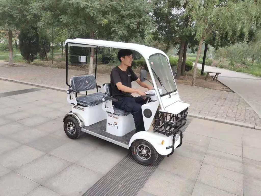 VITO รถกอล์ฟไฟฟ้าเล็ก 4 ล้อ 3 ที่นั่ง 650 วัตต์ 25 กม./ชม. 30-40 กม./ชาร์จ