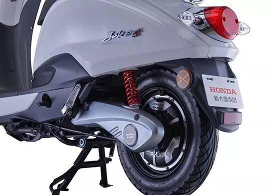 HONDA มอเตอร์ไซค์ไฟฟ้า ญี่ปุ่น รุ่น JOKER 500-800 วัตต์ 35-40 กม./ชม. 50 กม./ชาร์จ ホンダモーターサイクル本物